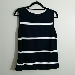 Womens 2 piece sweater. Classy tank and jacket.